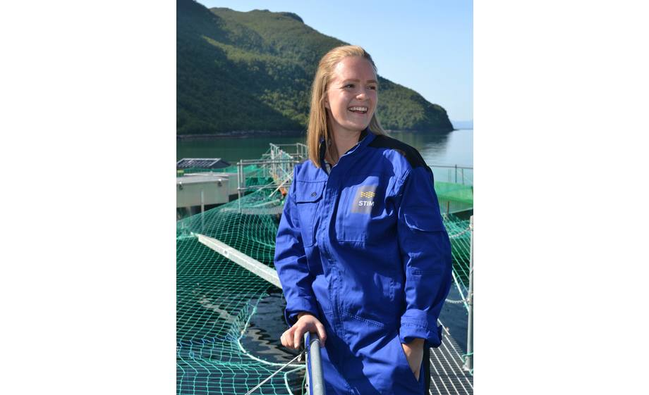 Ingrid Harneshaug er ny veterinær ved STIMs fiskehelseavdeling i Harstad. Foto: STIM