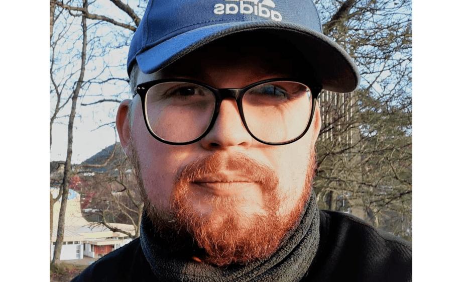 Håvard Øritsland Eggestøl har studert medfødte immunresponser i rognkjeks, og disputerer 5. mars 2020 ved UiB. Foto: UiB