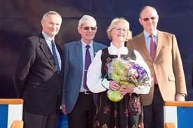 Fra v. Håvard Ulstein (Island Offshore), Sigmund Borgundvåg, Lilly Borgundvåg (gudmor) og Morten Ulstein (Island Offshore).
