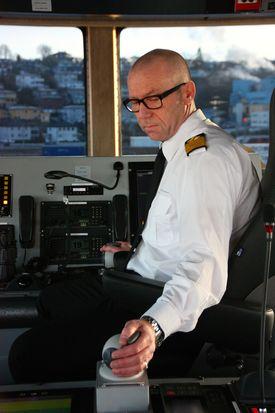 Kaptein Stein Rørvig styrer