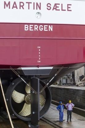 Fartøyet i tørrdokken ved Gondan Shipyard. Foto: Verftet