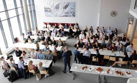 113 sommerstudenter på kick-off hos Kongsberg. Foto: Kongsberg Gruppen