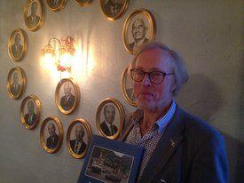 Forfatter Dag Bakka Jr har skrevet boken. Foto: Helge Martin Markussen