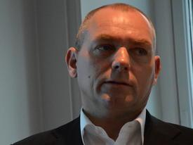 Roger Halsebakk: Keeps position and investment.