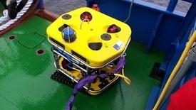 ROV er blitt et nyttig hjelpemiddel for næringen når det skjer ulykker eller en må undersøke noe under vann. Foto: Atle Dåvøy.