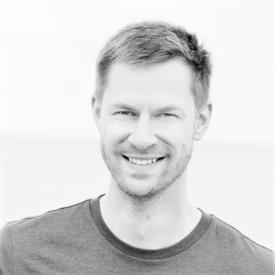 Asbjørn Dyrkorn Løland er daglig leder i AKVAHUB AS og sier det ligger et enormt potensiale innenfor havbruk i Norge og globalt. Foto: Arkiv.