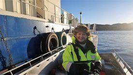 Karoline Sjødal Olsen under pilottesting av Blue Lice-teknologien. Foto: Blue Lice.