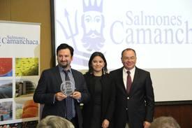 Entrega sello Pro Pyme. Gonzalo Inzunza, Carmen Gloria Muñoz y Alvaro Poblete. Foto: Francisco Soto, Salmonexpert
