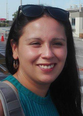 Ana Vallejo es bióloga marina titulada de la Universidad de Los Lagos, con mas de seis años de experiencia en laboratorio de macrofauna bentónica, consultoría ambiental y sistemas de gestión de calidad NCh ISO 17025. Foto: Sermedam.