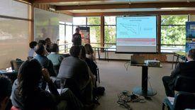 El Dr. Jorge Toro, expuso sobre los efectos de piretroides en mejillón (Mytilus chilensis). Foto: Loreto Appel, Salmonexpert.