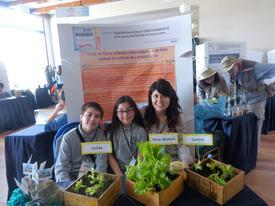 Proyecto tecas de piure. Kevin Soto, Samy Ruz y Sofía Serón. Foto: Loreto Appel, Salmonexpert.