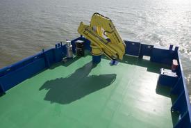 The 60 square metre work deck with crane. Image: E.J. Bruinekool Fotografie en Tekst