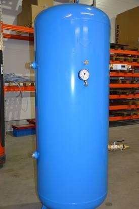 Stor lufttrykks-tank som hører til systemet. Foto: Therese Soltveit