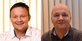Daglig leder Roger Simonsen og produksjonsleder Rolf-Arne Reinholdtsen er begge enige om at storsmolt er veien videre og er spent på hvordan den store smolten på 840 gram vil klare seg i sjøen de neste månedene. Foto: Eidsfjord Sjøfarm.