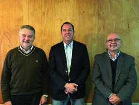 Cristino Stange, Rodrigo Sánchez and Héctro Ruiz. Photo: Daniella Baiin, Salmonexpert.