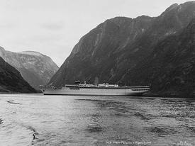 MY «Stella Polaris» i Nærøyfjorden Kilde: Nasjonalbiblioteket