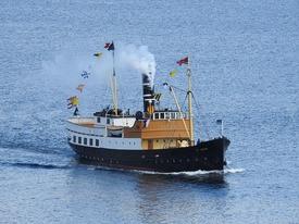 «Oster» på reise i Osterfjorden Foto: NHVL