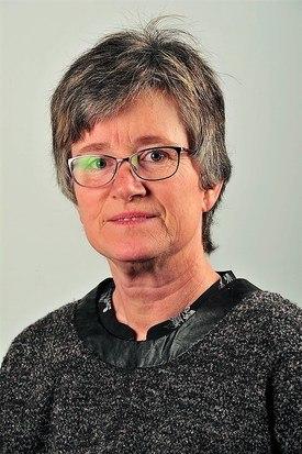 - Jeg hadde aldri kunnedrømt om at lakselussituasjonen kunne bli slik den er nå, sier inspektør Mette Kristin Moen i Mattilsynet. Hun er bekymret for utviklingen og mener det haster å få gjort noe med det. Foto: Privat.