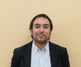 Dr. Roberto Bastías, jefe de investigación del instituto de biología de la PUCV. Foto: Salmonexpert.