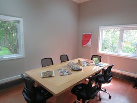 Sala de reuniones en las nuevas oficinas de Garware. Foto: Salmonexpert.