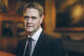 - Regjeringen tar viktige og riktige grep, sier Harald Solberg, administrerende direktør i Rederiforbundet.