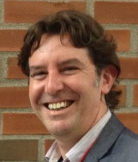 Adam Lillicrap, quien desarrolló FISHTREAT con su compañero científico de NIVA, Malcolm Reid.