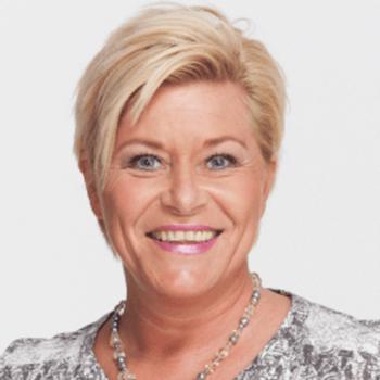 Siv Jensen mener det er klokt av partikollega Per Sandberg å nå gå av som nestleder og fiskeriminister i FrP. Foto: Twitter.