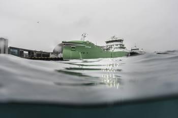 M/V Øystrand er på langtidskontrakt hos oppdrettsselskapet Alsaker Fjordbruk, og har en lastekapasitet på 3600 m3, tilsvarende omlag 540 tonn levende laks. Klikk for større bilde. Foto: Sølvtrans.