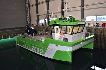 Den elektriske båten Astrid Helene har fått navn etter mor til daglig leder Bård Meek-Hansen. Foto: Grovfjord Mek. Verksted.