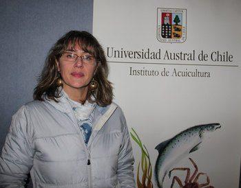 Sandra Marin er forsker ved «Universidad Austral de Chile» som ligger i Puerto Montt. Foto: UACh.