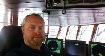 Glen Bradley, nestleder i Rostein, sier Ro Fortune er en del av en serie brønnbåter som de har fått levert av Larsnes Mek. Verksted. Foto: Rostein.