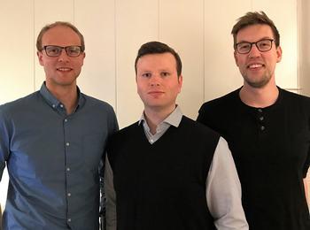 Trioen bak AquaLens konseptet som vann fyrstepremien i tenologikategorien under AquaHack 2018 i Bergen. T.v Jon Dag Flølo Yksnøy, Berent Ånund Strømnes Lunde og Sverre Johann Bjørke. Foto: Privat.