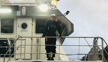Daglig leder Torstein Storebø om bord på en av fartøyene deres. Foto: Sjåsund Marine.