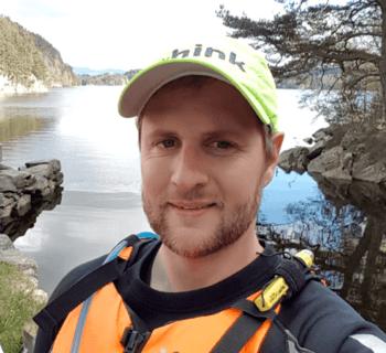 Even Gjerde Nordstrøm begynte som spesialist innenfor fiskehelse for COWIs sjømatsatsing. Foto: privat.