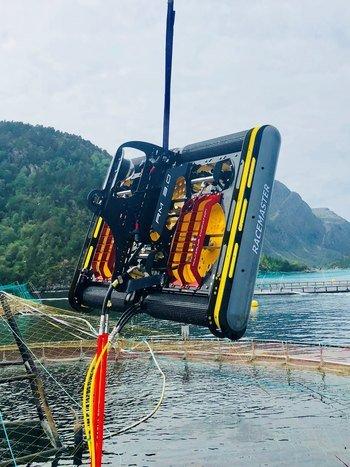 Johnson Marine vil med de to nye Racemaster vaskeroboter fra det norske teknologiselskapet MPI (Multi Pump Innovation), eie fire slike. Foto: MPI.