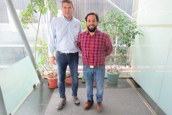 De izquierda a derecha: Francisco Lobos y Rodrigo Emhart. Foto: Jonathan Garcés, Salmonexpert.
