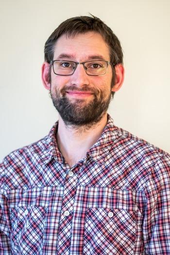 Magnus Vikan Røsæg forsvarte sin doktorforhandling «Pankreassykdom; effekt på tilvekst, fôrutnyttelse, fordøyelse og interaksjoner med Piscine orthoreovirus» 30. april. Foto: NMBU.