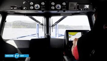 Førermiljøet gir god komfort for mannskap og passasjerer. Foto: Buanes Foto