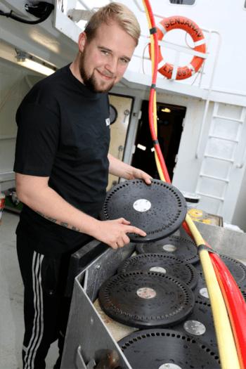 Paul Pettersen er fornøyd med det gode samarbeidet med Botnhamn Sveis og NRS i Troms. Foto: AKVA Group.