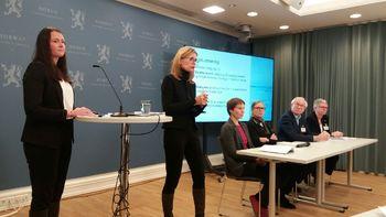 Utvalget som foreslår at grunnrente i havbruksnæringen hentes inn gjennom en overskuddsbasert, periodisert grunnrenteskatt. Foto: Harrieth Lundberg
