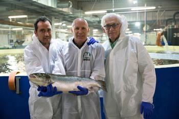 De izquierda a derecha se muestran: Neder Snir (gerente principal de tecnología), Yoav Dagan (vicepresidente de desarrollo de negocios) y Gary Myers (oficial superior de tecnología). Foto: AquaMaof.