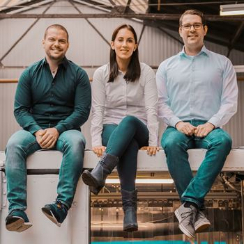 The SEAWATER Cubes founders and joint chief executives: from left, process engineer Christian Steinbach, marketer and administrator Carolin Ackermann and electrical engineer Kai Wagner. Click on image to enlarge. Photo: SEAWATER Cubes.