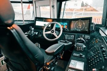 Fra styrhuset på det nye fartøyet. Foto: Skarsvåg Boats