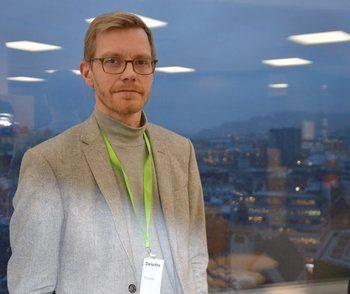 Oddbjørn Rødsten, CEO i Ecotone er svært glad for seieren i Gründerjulepresangen. Her under pitchingen i Bergen tidligere denne måneden. Foto: Ole Andreas Drønen