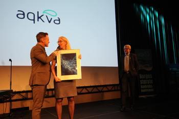 Britt Hjeltnes mottok AqKva-prisen i 2020. Hvem får den til neste år? Foto: Pål Mugaas Jensen
