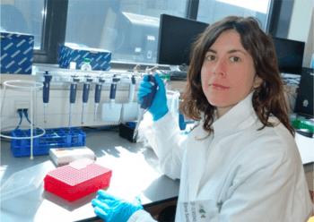 Elena Maria Santidrian Yebra-Pimentel har forsket på utvikling av nye genomiske transkriptomiske verktøy for å bedre produksjonen av settefisk for stør. Foto: Privat.