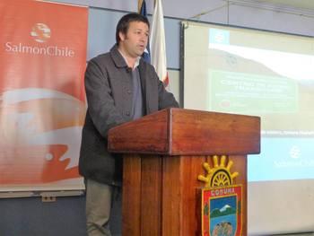 Tomás Monge, director territorial de Salmonchile.