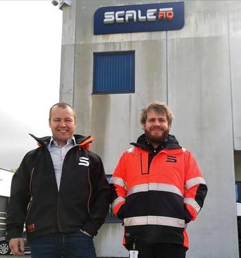 Leon Erik Heinesen, Manager Electrical and Automation Engineering og Edvin Hatlevik er senior automasjonsingeniør i Scale AQ