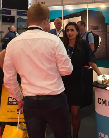 Camilla Cetinkaya explaining CM Aqua's technology at a trade show. Photo: CM Aqua.