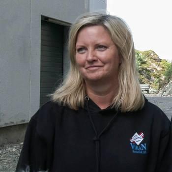 Britt Åse Skarsvåg, daglig leder i Vikan Settefisk